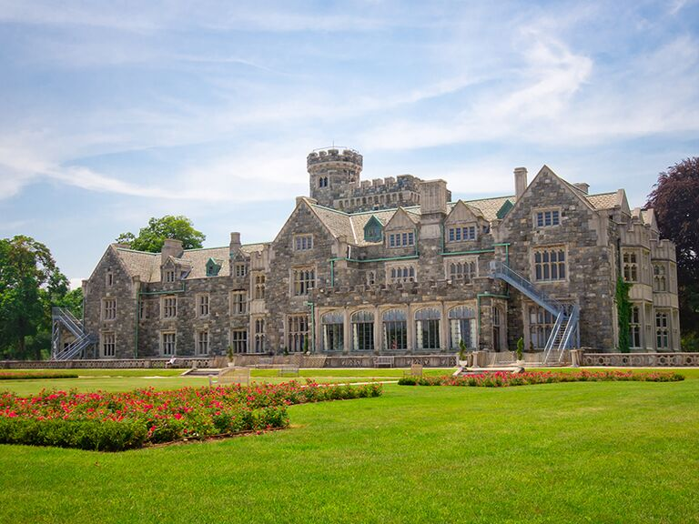 Castle wedding venue in Sands Point, New York