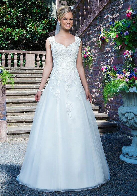 Sincerity Bridal 3863 Wedding Dress photo