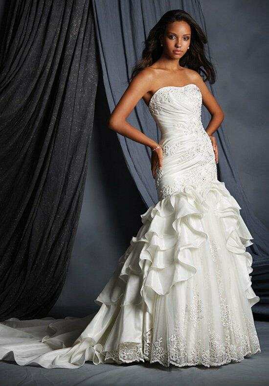 The Alfred Angelo Collection 2493 Wedding Dress photo