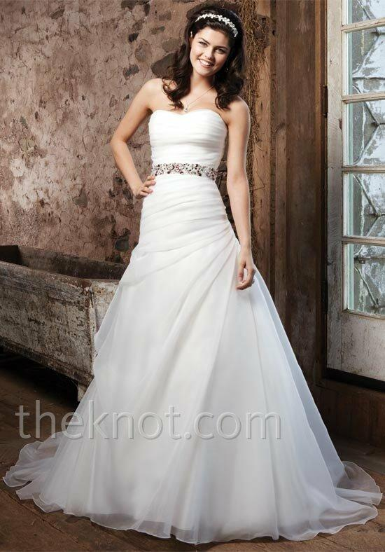 Sincerity Bridal 3711 Wedding Dress photo