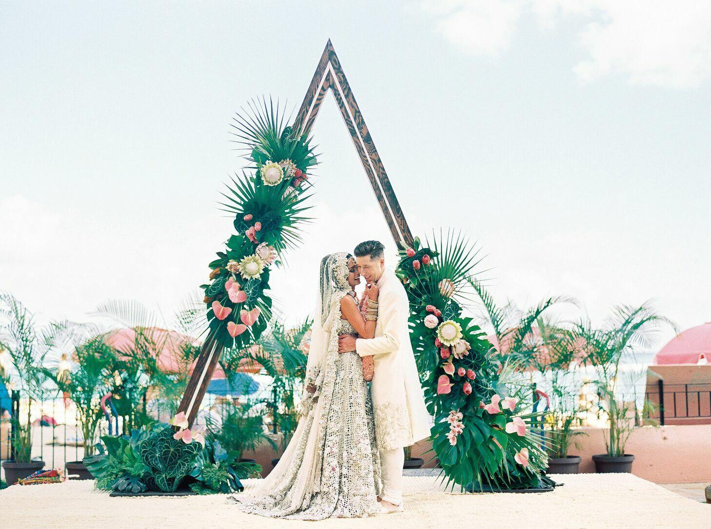 50 Wedding Arch Ideas That Will Pop In Photos
