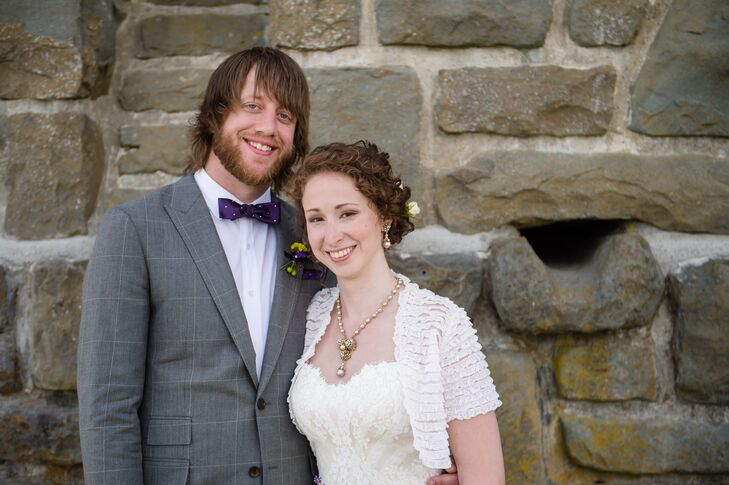 Liz Carter (30, Naturopathic Doctor/Acupuncturist) met Chris Wadsworth (32, Environmental Engineer and Musician) on OkCupid, an online dating site, du