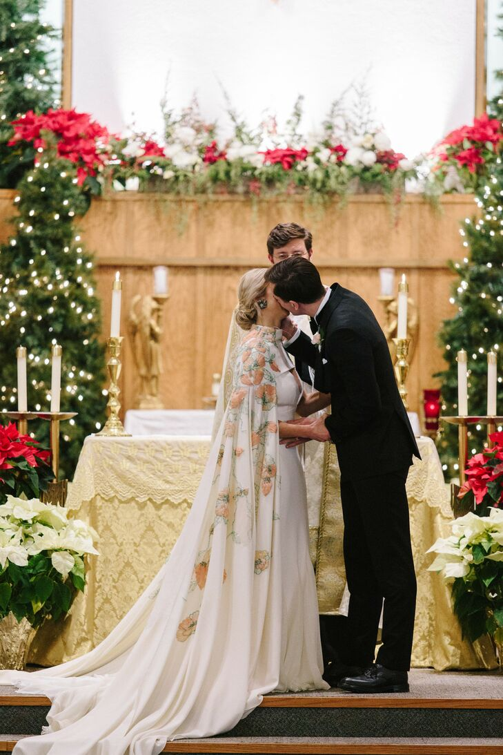 Gianna and Karl came all the way from Halmstad, Sweden, to create a winter wonderland of their very own in Charlevoix. After debating locations, the p