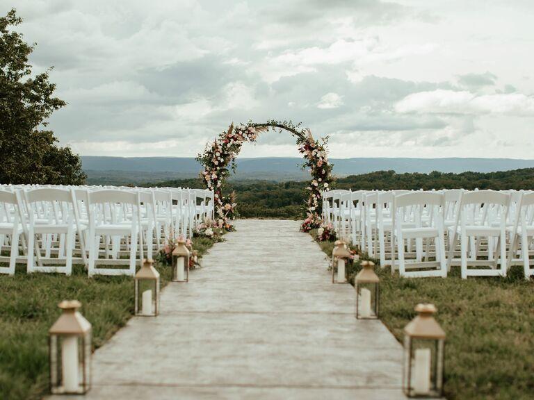 Farm wedding venue in Georgetown, Tennessee.