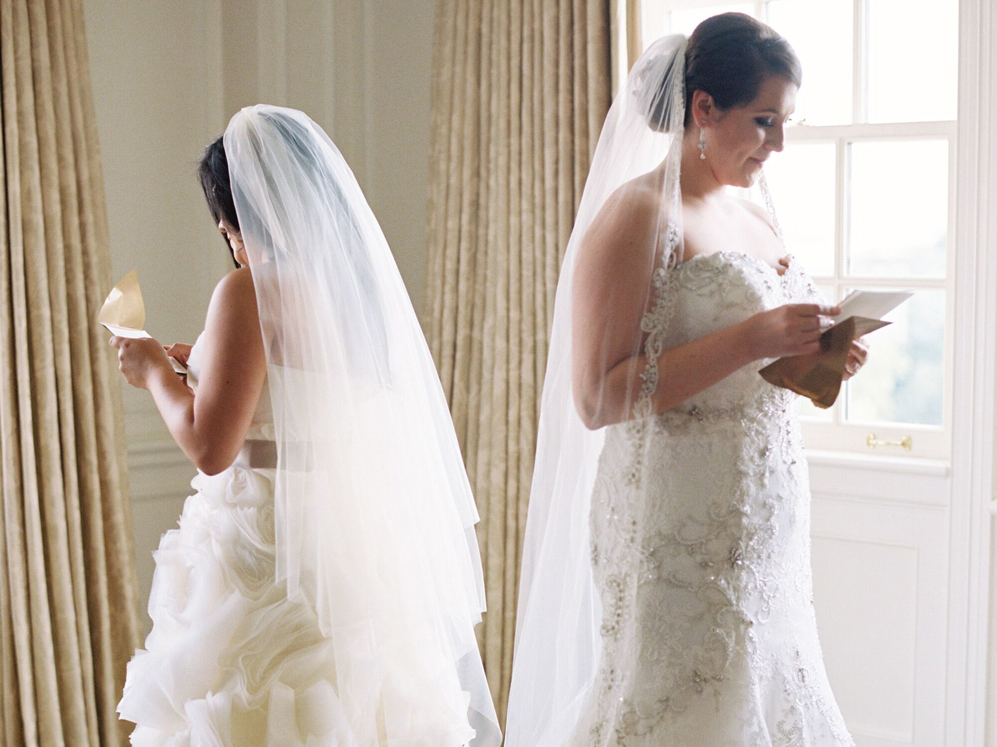Should You Get A Wedding Gift For Your Bride Or Groom