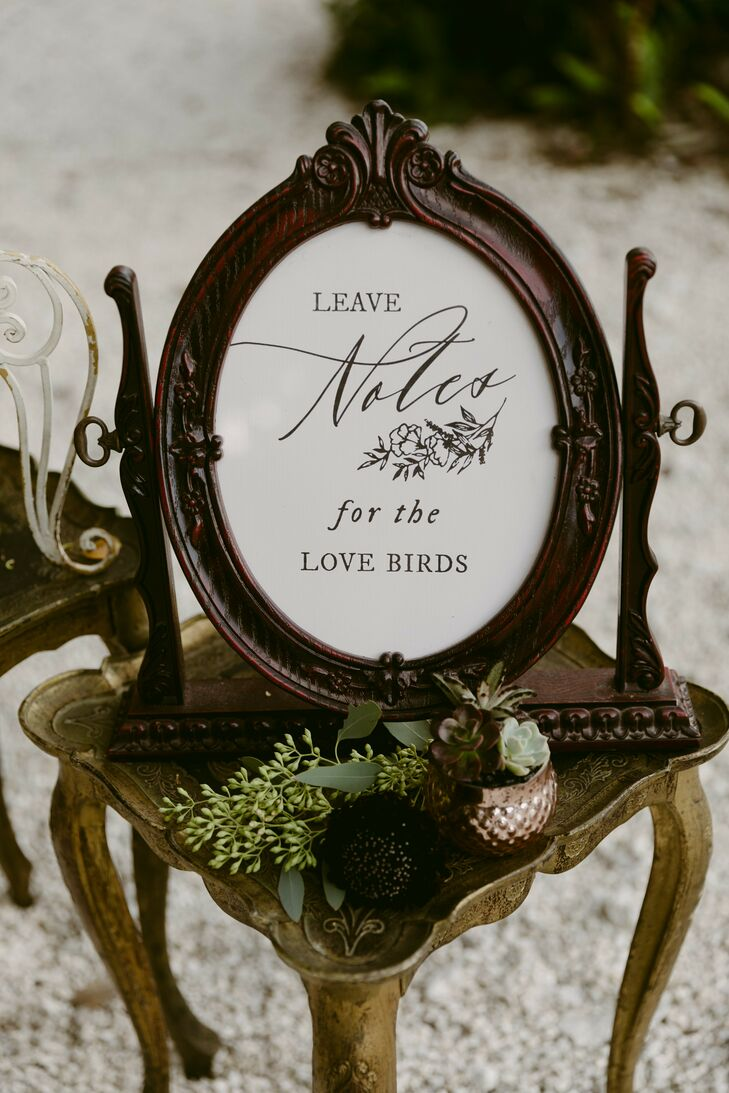 Vintage Sign for Notes Table