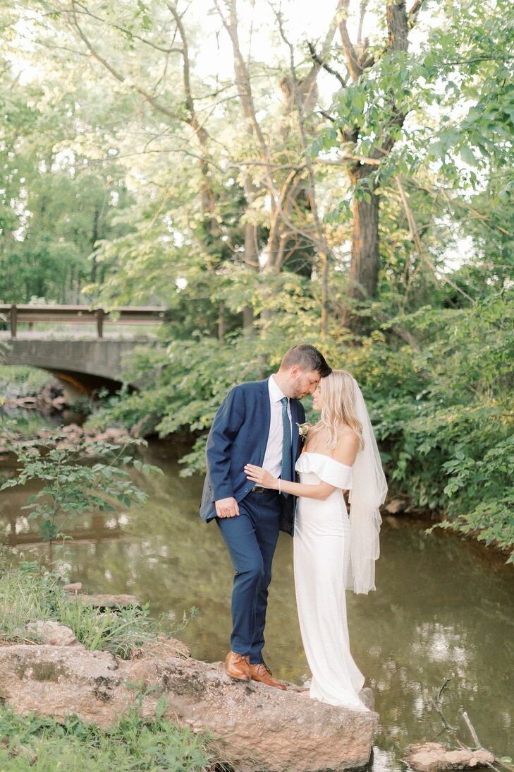 Bride and Groom Portraits at The Barn at Willow Brook in Leesburg, Virginia