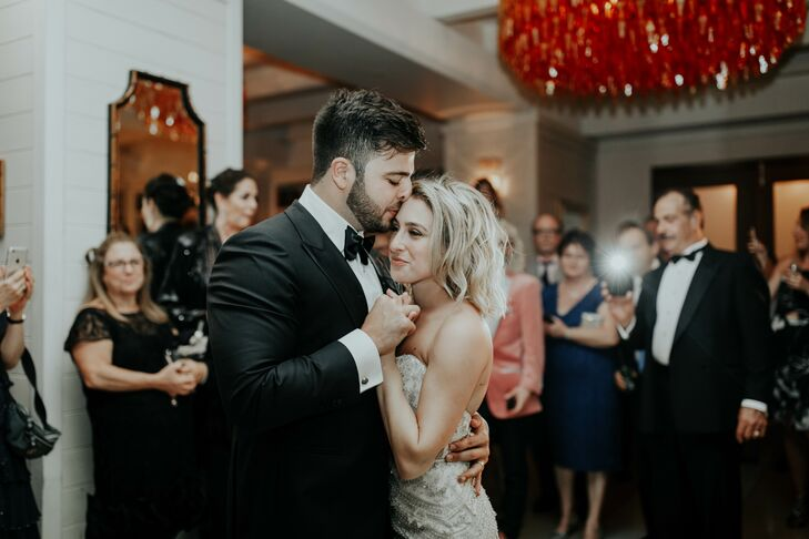 Modern First Dance at The Confidante Hotel