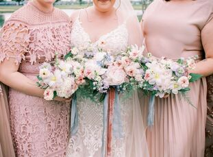 """For Nicole and Blake's Ohio wedding, it was important to the two of them """"to have our wedding outdoors, as I wanted it to feel like we were in the mid"""