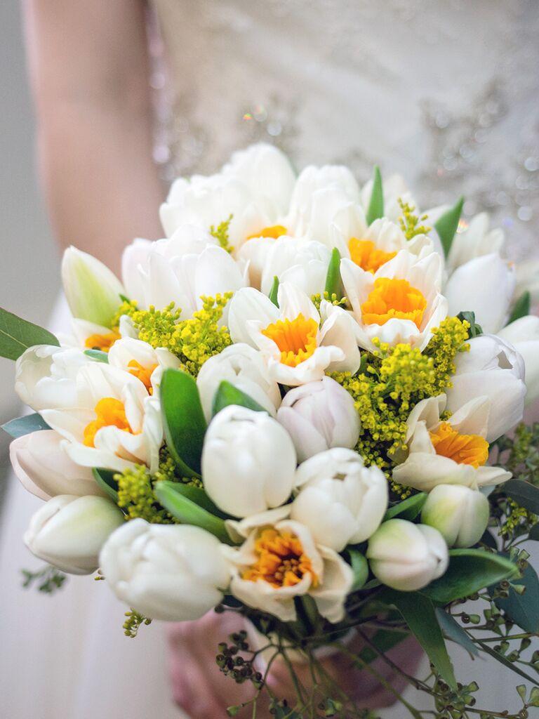 Daffodil and tulip wedding bouquet ideas