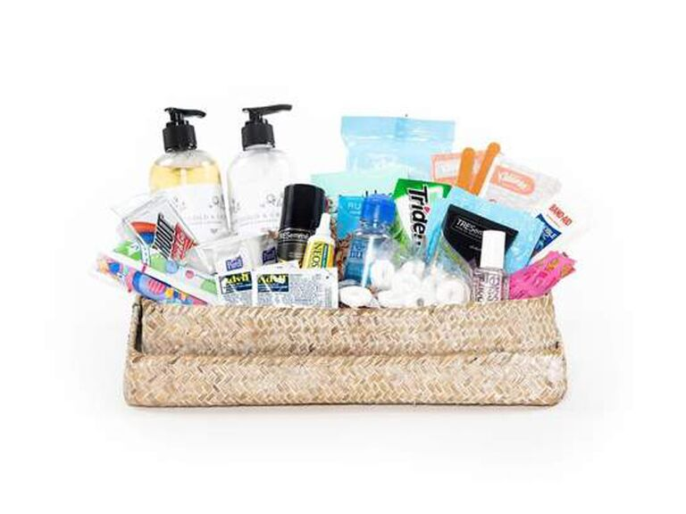What To Put In A Wedding Bathroom Basket, What To Put In Bathroom Baskets