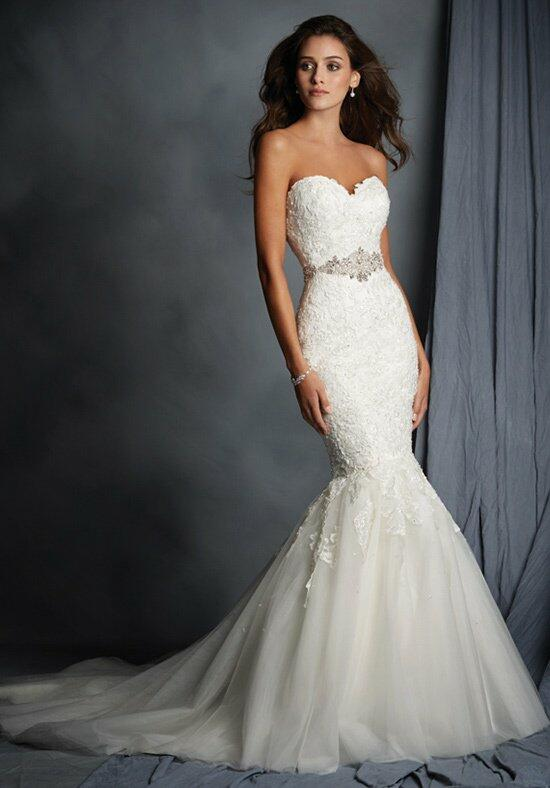 Alfred Angelo Signature 2526 Wedding Dress photo