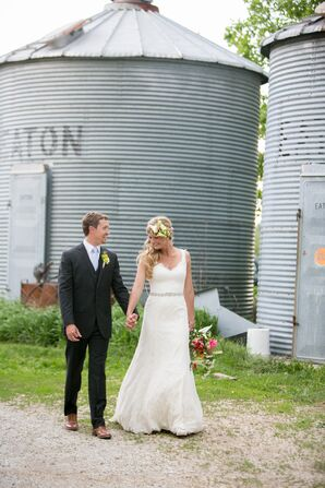 Simple V-Neck Lace Wedding Dress