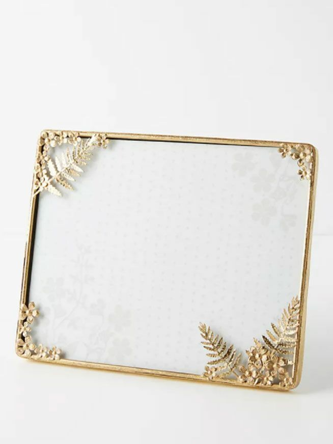 Gilded gold border wedding picture frame with leaf clusters on corners