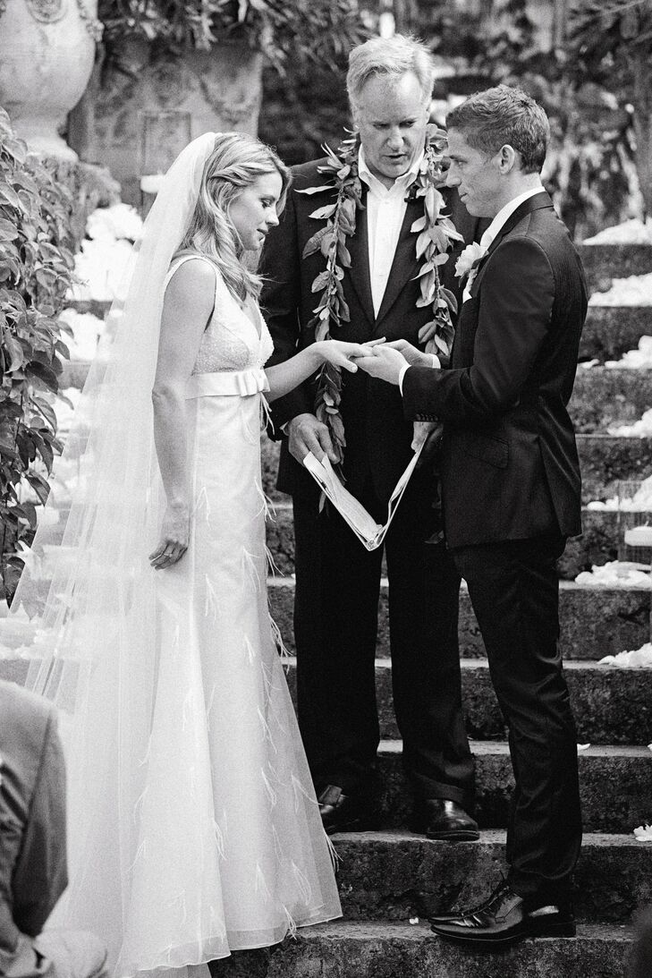 A personal friend of the bride and groom officiated the ceremony.