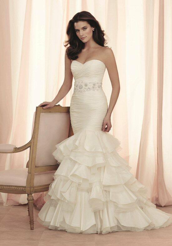 Paloma Blanca 4501 Wedding Dress photo