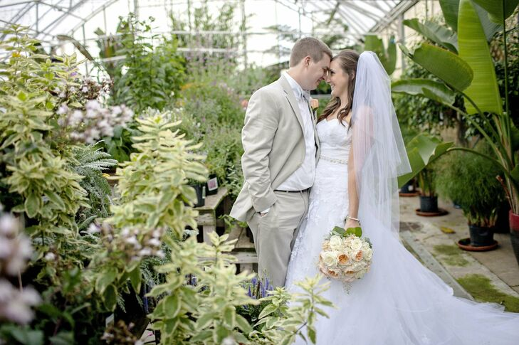 Jenna and Brad planned a traditional ceremony followed by a classy yet relaxed outdoor reception filled with personality and DIY Scrabble details.