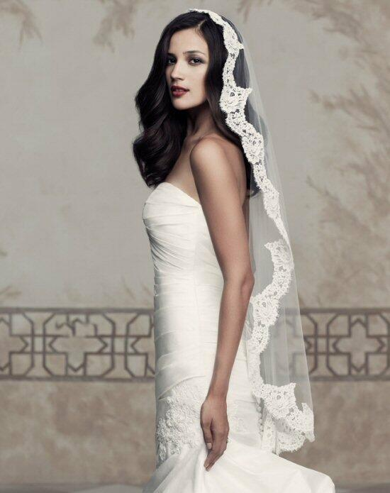 Paloma Blanca Veils Collection V430 Wedding Veils photo