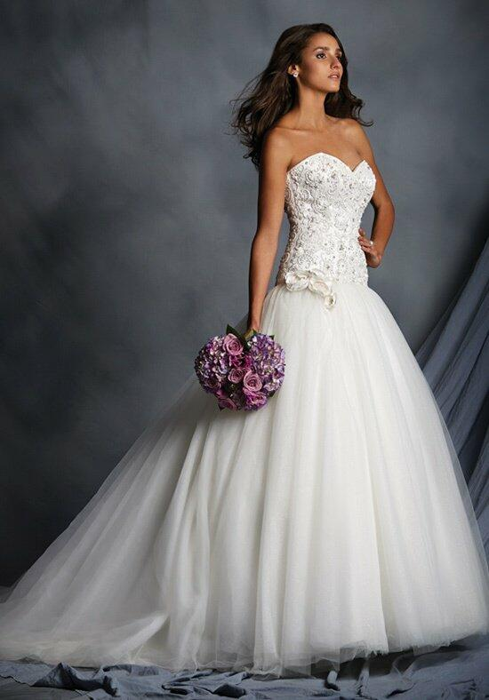 The Alfred Angelo Collection 2528 Wedding Dress photo
