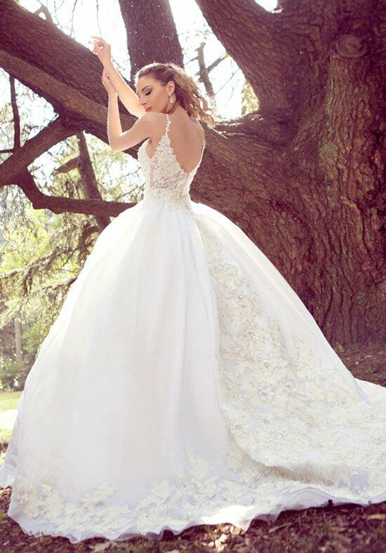 Ysa Makino KYM64 Wedding Dress photo