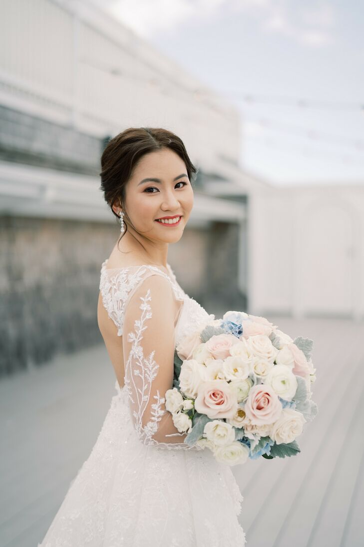 Bride with Neutral Bouquet at Wychmere Beach Club in Harwich Port, Massachusetts