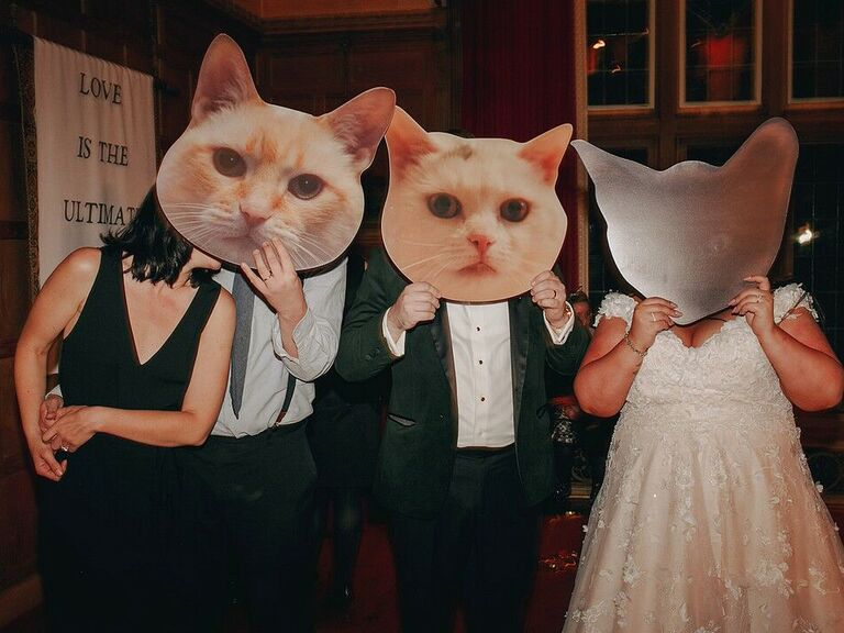friends themed wedding smelly cat photo booth props