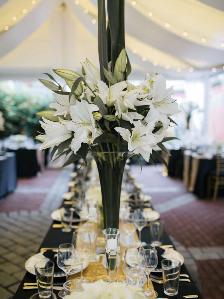 friends themed wedding lily centerpieces