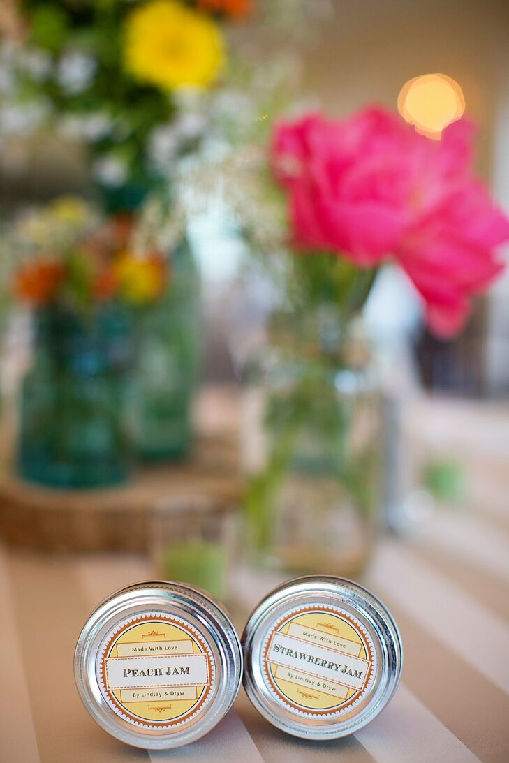 Dryw's aunt - a master jam maker - helped the couple make mini jars of peach and strawberry jam for guests.
