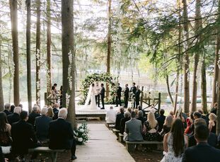 """New York's Cedar Lakes Estate checked the many boxes that Chelsea and Ross had when it came to the perfect wedding venue. The couple wanted """"a full we"""