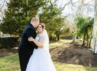 Kristyn Fugere (27 and a certified surgical technologist) and William England (33 and an inventory controller) knew from the beginning that they wante