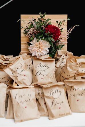 DIY S'mores Kits Wedding Favors