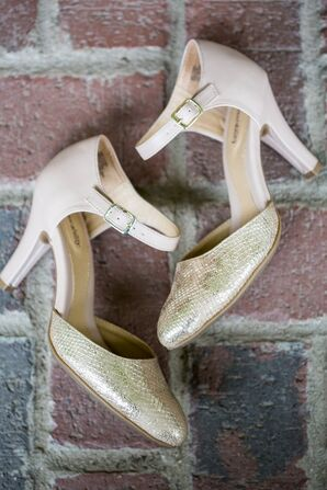 1920s-Style Blush Heels With Gold Snakeskin