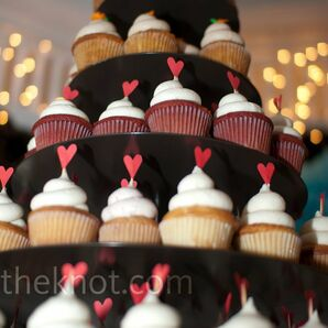 Heart-Topped Wedding Cupcakes