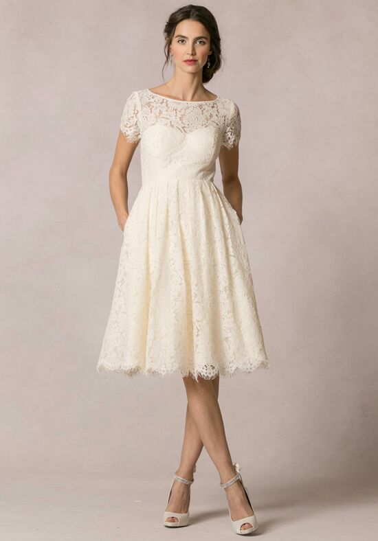 Short wedding dresses for Wedding dresses for short people