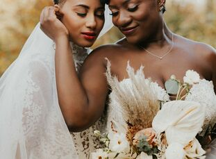 Not having loved ones present is one of the main drawbacks couples weigh when planning to elope. However, Adrienne Michelle (33 and a therapist, educa