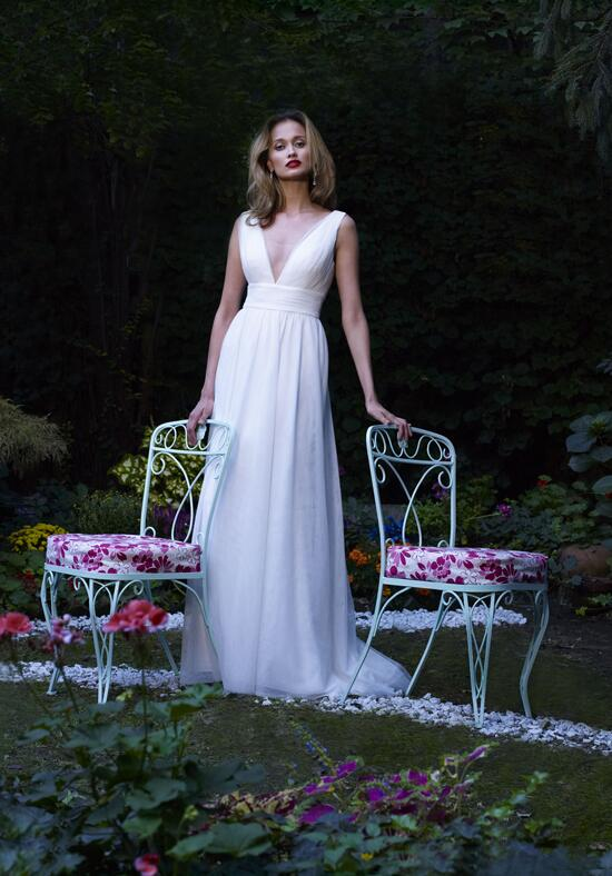 Robert Bullock Bride Breeze Wedding Dress photo