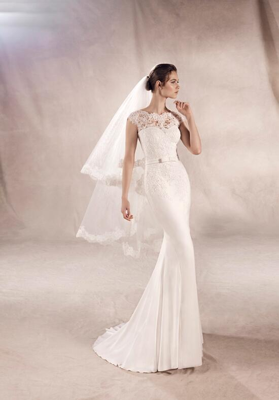 WHITE ONE YURIANA Wedding Dress photo