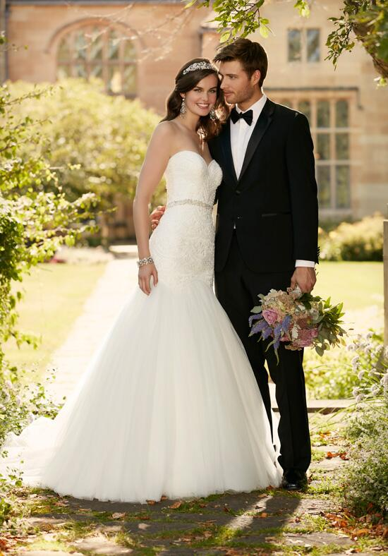 Essense of Australia D2029 Wedding Dress photo