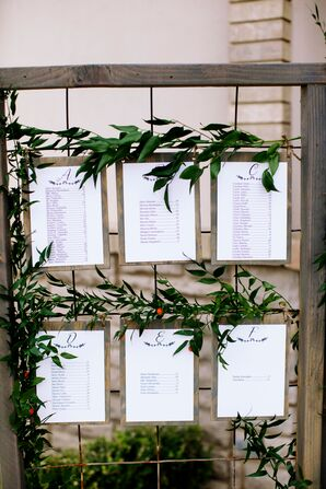 Simple Wooden Place Card Map