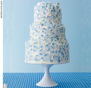 Blue celestial-inspired wedding cake