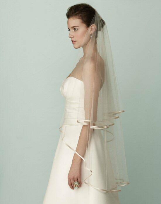 Mikaella by Paloma Blanca Veils Collection VM409FT Wedding Veils photo