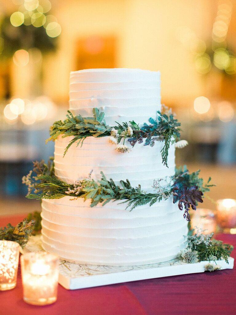winter wedding cake idea