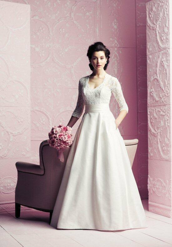 Paloma Blanca 4260 Wedding Dress photo
