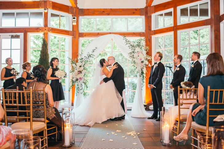 The iconic New York City venue was the perfect place for Michelle and Thorsten to celebrate their wedding.