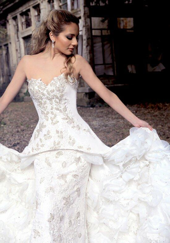 Ysa Makino KYM51 Wedding Dress photo