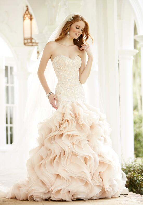Martina Liana 640 Wedding Dress photo