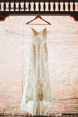 Lightweight Lace Gown With Vintage Vibe