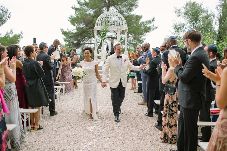 For their wedding, self-proclaimed Francophiles Erin Dawkins and Matthew Aaronson planned an elegant summer soiree in the French town of Grasse, tucke