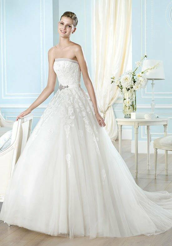 ST. PATRICK Glamour Collection - Argelia Wedding Dress photo