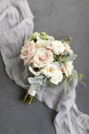 Classic Bouquet of Roses, Anemones and Lamb's Ear